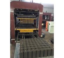 Gia công khuôn gạch không nung 4 lỗ dây - chuyền máy làm gạch không nung QT 4 - 10 Trung Quốc